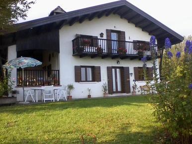 Gemütliches Ferienhaus : Region Dolomiten für 5 Personen