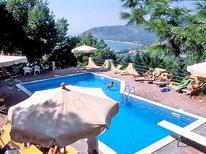Ferienwohnung 24032 für 4 Personen in Mattinata