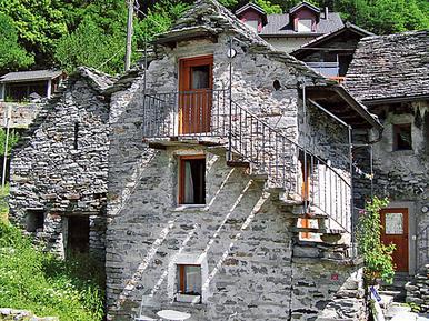 Gemütliches Ferienhaus : Region Brione für 2 Personen
