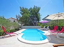 Ferienhaus 261902 für 10 Personen in Slatine