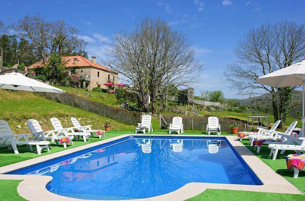 Ferienhaus mit Privatpool für 16 Personen ca.   Galizien