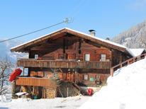 Vakantiehuis 262602 voor 15 personen in Kaltenbach