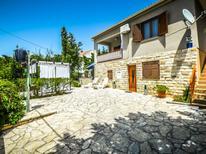 Vakantiehuis 263991 voor 7 personen in Rovanjska