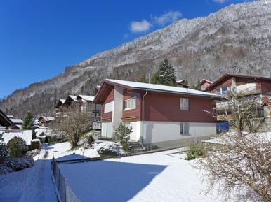 Gemütliches Ferienhaus : Region Goldswil für 5 Personen