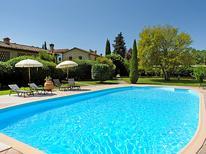Appartement 264413 voor 4 personen in Castellina Scalo