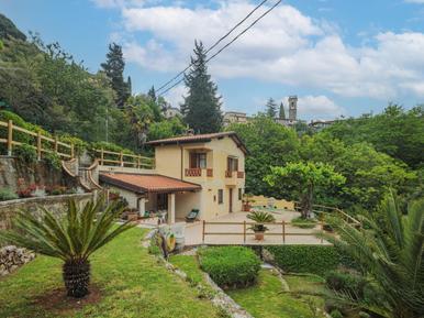 Gemütliches Ferienhaus : Region Greppolungo für 4 Personen