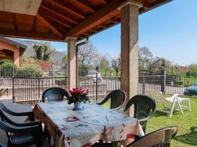 Gemütliches Ferienhaus : Region Comer See für 8 Personen