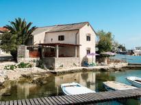 Vakantiehuis 274450 voor 13 personen in Nerezine