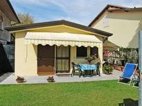 Ferienhaus 274628 für 4 Personen in Marina Di Massa