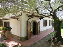 Ferienhaus 275219 für 4 Personen in Montescudaio