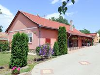Vakantiehuis 277528 voor 10 personen in Szantod