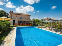 Ferienhaus 288501 für 12 Personen in Pican