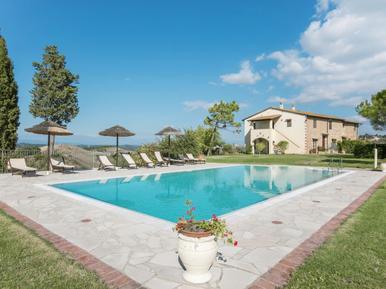 Für 4 Personen: Hübsches Apartment / Ferienwohnung in der Region Sughera