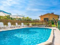 Villa 312283 per 10 persone in Camaiore