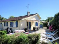 Semesterhus 328515 för 5 personer i Jau-Dignac-et-Loirac