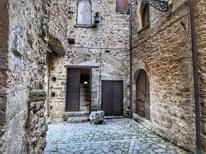 Ferienwohnung 331311 für 4 Personen in Gualdo Cattaneo