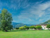 Villa 335478 per 10 persone in Camaiore
