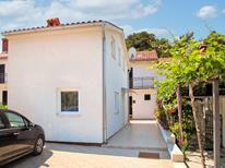 Ferienhaus 336751 für 4 Personen in Poreč