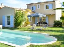 Holiday home 350912 for 8 persons in Saint-Saturnin-les-Apt