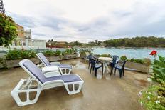 Appartement 355194 voor 8 personen in Prižba