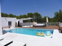 Holiday home 359100 for 6 persons in Cala Tarida