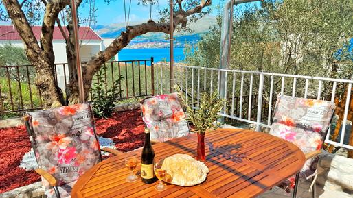 Für 5 Personen: Hübsches Apartment / Ferienwohnung in der Region Split-Dalmatien