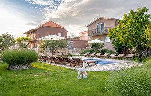 Gemütliches Ferienhaus : Region Makarska Riviera für 18 Personen