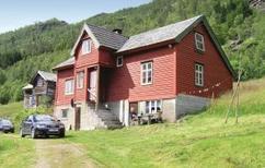 Casa de vacaciones 364323 para 5 adultos + 2 niños en Brekkhus