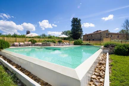 Gemütliches Ferienhaus : Region Castellina Scalo für 10 Personen