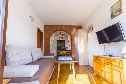 Für 10 Personen: Hübsches Apartment / Ferienwohnung in der Region Srima
