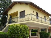 Appartement 377613 voor 4 volwassenen + 1 kind in Agnone Bagni