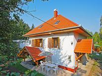 Vakantiehuis 378092 voor 8 personen in Balatonakarattya