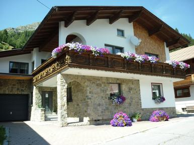 Für 10 Personen: Hübsches Apartment / Ferienwohnung in der Region Tirol