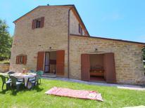 Ferienhaus 383801 für 7 Personen in Apecchio