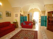 Appartement 391128 voor 5 personen in Lecce