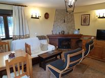 Holiday apartment 392998 for 4 adults + 1 child in Navarredonda de Gredos