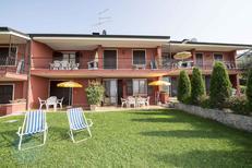 Ferienwohnung 393139 für 4 Personen in Torri del Benaco