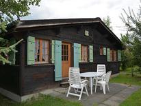 Ferienwohnung 394992 für 4 Personen in Gstaad