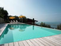 Vakantiehuis 397802 voor 7 personen in Torri del Benaco
