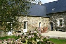 Holiday home 400948 for 8 persons in Plouégat-Guérand