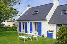 Holiday home 400987 for 4 adults + 1 child in Lampaul-Ploudalmézeau