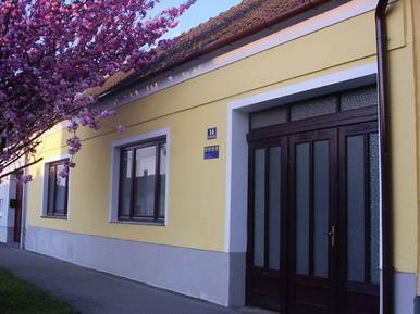 Gemütliches Ferienhaus : Region Burgenland für 4 Personen