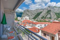 Holiday apartment 404599 for 6 persons in Omiš