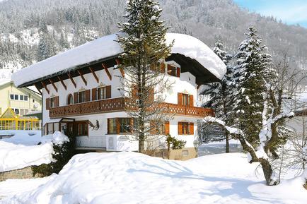 Gemütliches Ferienhaus : Region Vorarlberg für 12 Personen