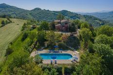 Casa de vacaciones 407256 para 12 personas en Urbania