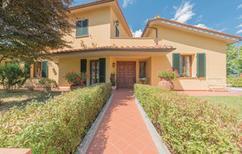 Villa 409529 per 10 persone in Scarperia
