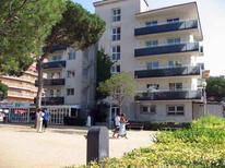 Appartement 410321 voor 6 personen in Blanes