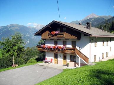 Gemütliches Ferienhaus : Region Tirol für 18 Personen