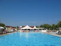 Ferienwohnung 415252 für 6 Personen in Peschiera del Garda