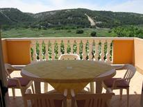 Ferienwohnung 415542 für 5 Personen in Lopar